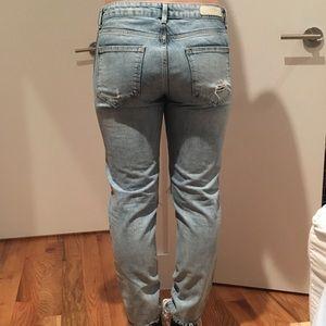 8f8c9ba4 Zara Jeans - Zara Trafaluc girlfriend jeans, size 4 (Euro 36)